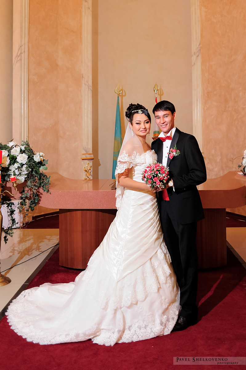 Наши невесты — Свадебные платья. Свадебные салоны в Алматы ... 344edf4cd14